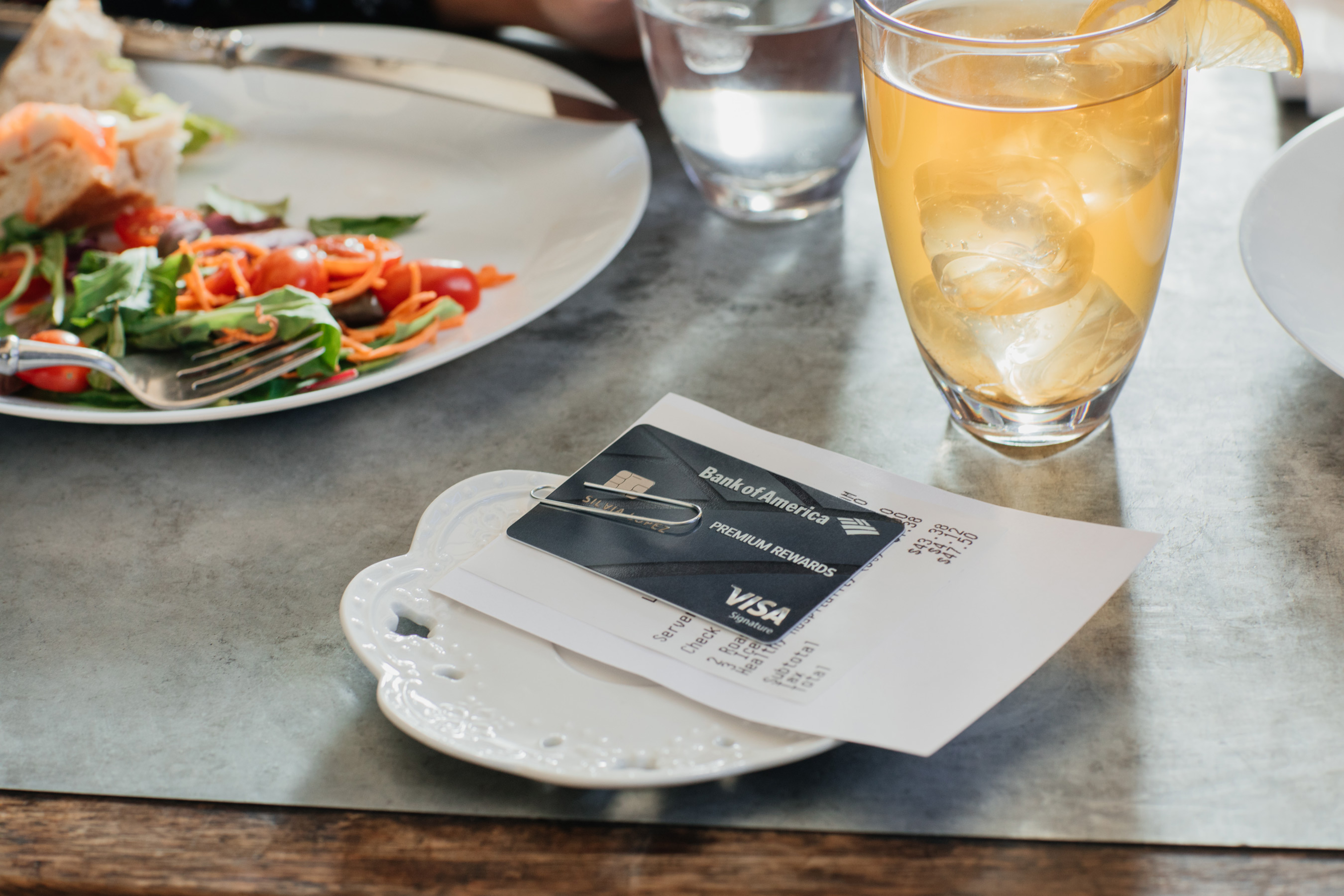 Bank_of_America_Credit_Card_Restaurant
